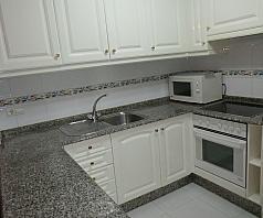 Piso en alquiler en barrio Juan Diaz Porlier, Someso-Matogrande en Coruña (A) - 365427321