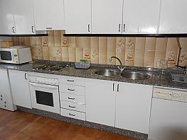 Piso en alquiler en barrio Rosalia de Castro, Ensanche en Coruña (A) - 371242215