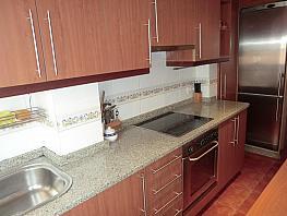 Piso en alquiler en barrio San Luis, Os Mallos-San Cristóbal en Coruña (A) - 396770050