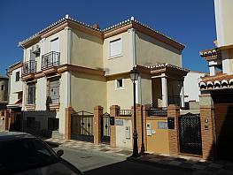Fachada - Casa adosada en venta en calle Ambroz, Ambroz - 308498557