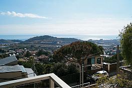 Casa en venta en calle De la Ginesta, Badalona - 277051789