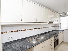 Piso en alquiler en Benicalap en Valencia - 330980339