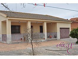 Foto 1 - Chalet en venta en Albarreal de Tajo - 283892259