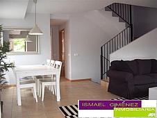 Casa adosada en alquiler en Serra - 143403311