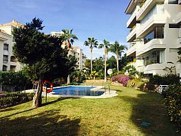 Apartamento en alquiler en Elviria en Marbella - 387352807