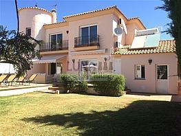 Villa en alquiler en calle De la Jacaranda, Divina Pastora en Marbella - 304856402