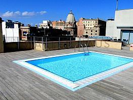 Piscina comunitaria - Piso en alquiler en El Gótic en Barcelona - 320934005