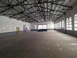 Nave industrial en alquiler en calle De la Reina Elionor, Gracia en Sabadell - 358718602