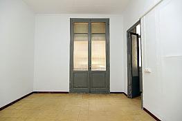 Salón - Piso en alquiler en calle Reina Amàlia, El Raval en Barcelona - 329103383
