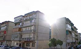 Fachada - Piso en venta en calle Ocaña, Aluche en Madrid - 351496027