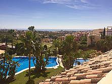 Dúplex en alquiler en calle Los Naranjos, Nueva Andalucía-Centro en Marbella - 258903652