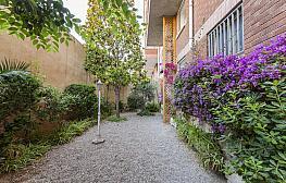 Jardín - Casa adosada en venta en calle Garcilaso, Centre en Sabadell - 290670389