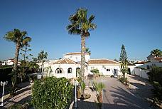 1  - Chalet en venta en La Siesta - El Salado - Torreta en Torrevieja - 180188127