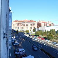 Piso en alquiler en calle De Rodríguez de Viguri, Santiago de Compostela - 383061138