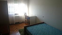 Piso en alquiler en calle Do Escultor Asorey, Santiago de Compostela - 383645706