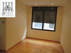 petit-appartement-de-vente-a-violant-d-hongria-les-corts-a-barcelona-211040961