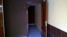 Local en alquiler en calle Abrantes, Abrantes en Madrid - 352628237