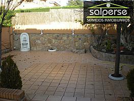 Chalet en venta en calle El Bosque, Villaviciosa de Odón - 340303458