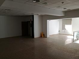 Local comercial en alquiler en calle De Solsona, Les Arenes-La Grípia en Terrassa - 397863507