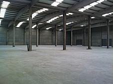 Planta baja - Nave industrial en venta en calle Parcela, Sant Martí de Tous - 240650427