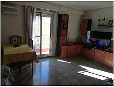 Salón - Piso en venta en calle Conde Torrefiel, Torrefiel en Valencia - 245391962