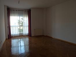 Piso en alquiler en calle Cantueso, Tetuán en Madrid - 303778963