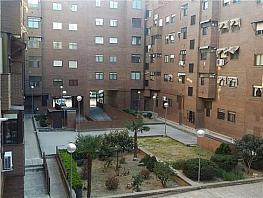 Piso en venta en calle Concejal Francisco José Jiménez Martín, Los Cármenes en Madrid - 255036364
