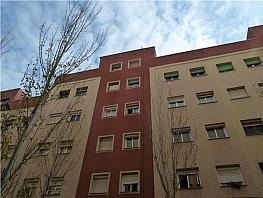 Piso en venta en calle Cadi, El Turó de la Peira-Can Peguera en Barcelona - 262897977