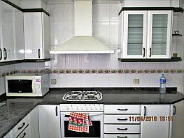 Cocina - Piso en alquiler en calle Lliria, Centro Urbano en Llíria - 364625399