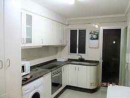 Cocina - Piso en alquiler en calle Lliria, Centro Urbano en Llíria - 368650966
