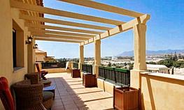 Terraza - Apartamento en alquiler en San Pedro Pueblo en Marbella - 277713556