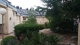 Duplex en vendita en Hoyo de Manzanares - 298893833