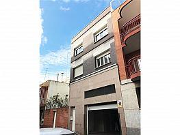 Edificio en venta en calle Narcis Monturiol, Prat de Llobregat, El - 377194458