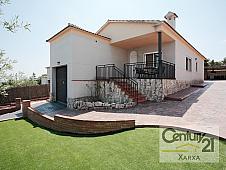 Casa en venta en calle Josep Tarradellas, Torre de Claramunt, La - 220805104
