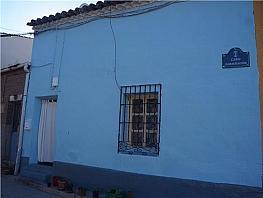 Casa en venta en calle Constitucion, Tórtola de Henares - 304471426