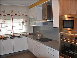 Piso en alquiler en calle Palencia, Calvario-Santa Rita-Casablanca en Vigo - 343496524