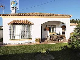 Foto - Chalet en venta en calle Los Gallos, Chiclana de la Frontera - 300552097