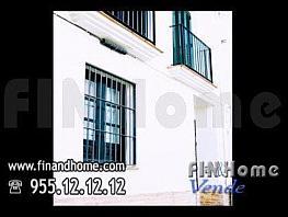 Fachada. situado en calle rocio junto a calle betis en la zona más próxima al puente de triana - Piso en venta en calle Rocio, Triana Casco Antiguo en Sevilla - 313753052