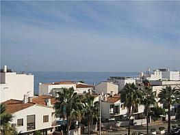 Apartamento en venta en calle Carmen Montes, La Carihuela en Torremolinos - 311831277