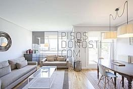 Salon - Piso en venta en Aiete en San Sebastián-Donostia - 304912250