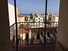 Piso en venta en calle Heroe de Sostoa, Parque Ayala-Jardín de la Abadía-Huelín en Málaga - 320266331