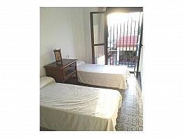 Flat for rent in Sanlúcar la Mayor - 384903662