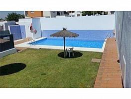 Chalet en alquiler en Chiclana de la Frontera - 376883349