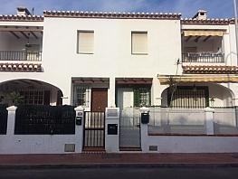 Casa adosada en alquiler en calle Benaque, Pedania Torre de Benagalbon en Rincón de la Victoria - 332696235