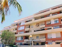 Piso en venta en calle Valdepeñas, Torre del mar - 318965800