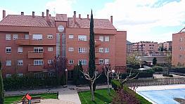 Piso en venta en calle Santiago Ramón y Cajal, Sector B en Boadilla del Monte - 318889963