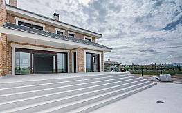 Casa adosada en venta en calle Rigoletto, Majadahonda - 318890044