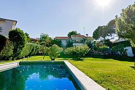 Casa en venta en calle Playa de Castro Urdiales, Bonanza en Boadilla del Monte - 323480361