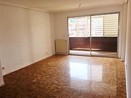Piso en alquiler en calle Condesa de Venadito, San Pascual en Madrid - 354318074