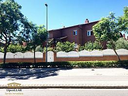 Casa en venta en calle Francisco Tomàs y Valiente, Viladecans - 358193790